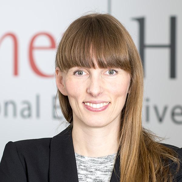 Fischer HRM Japan Desk-Jana Romero-Giron-Projektmanagerin