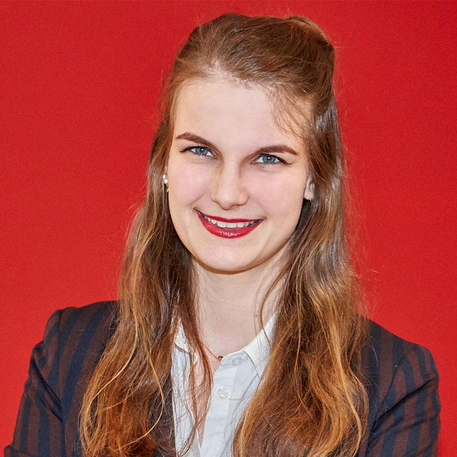 Fischer HRM Japan Desk-Esther Auffermann-Projektmanagerin