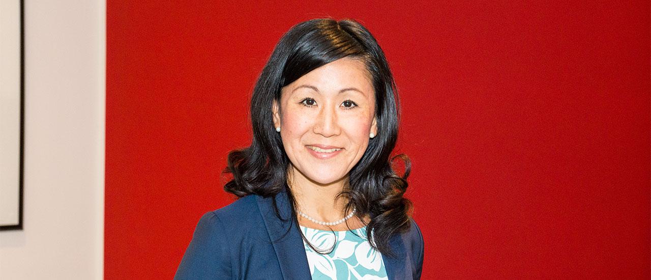 Akiko Ito, Seniorberaterin, Leiterin Japan Desk